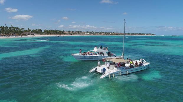 Bachata Sailing Party Boat