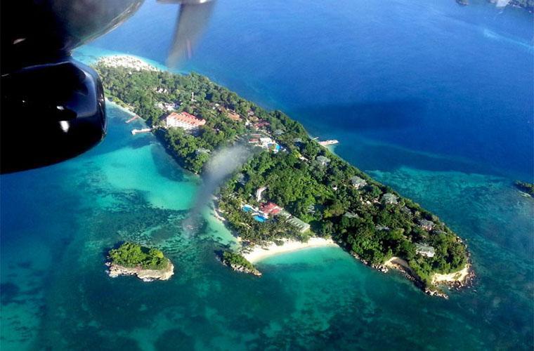 Excursión Aérea en Samaná de Ballenas