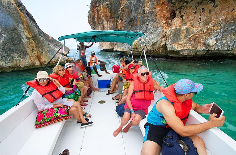 Air Tour in Punta Cana to Bahía de las Aguilas